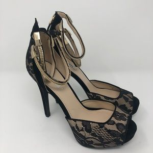 Guess Heels NWOT Size 8.5M